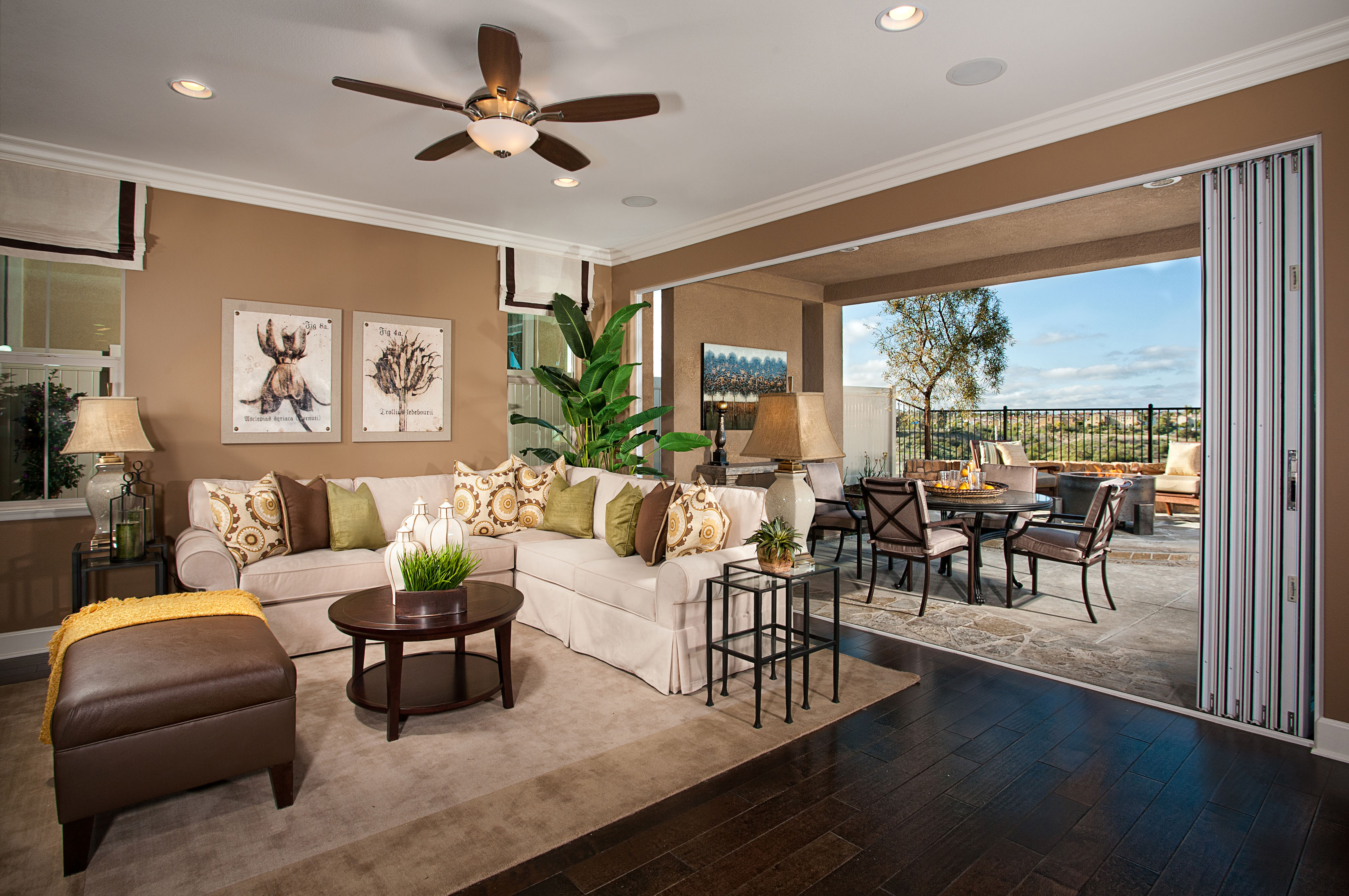 Pulte homes san diego c m communiqu for Photos of model homes